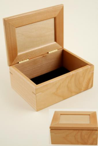 Wood Keep Sake Box shown open and closed